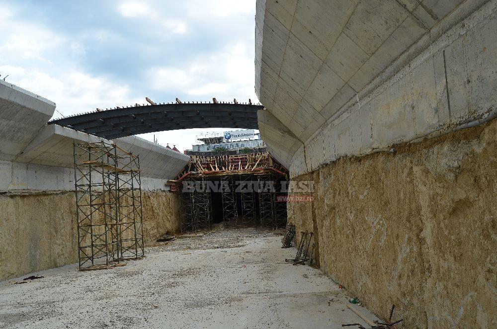 Poze din interiorul Pasajului Subteran Mihai Eminescu