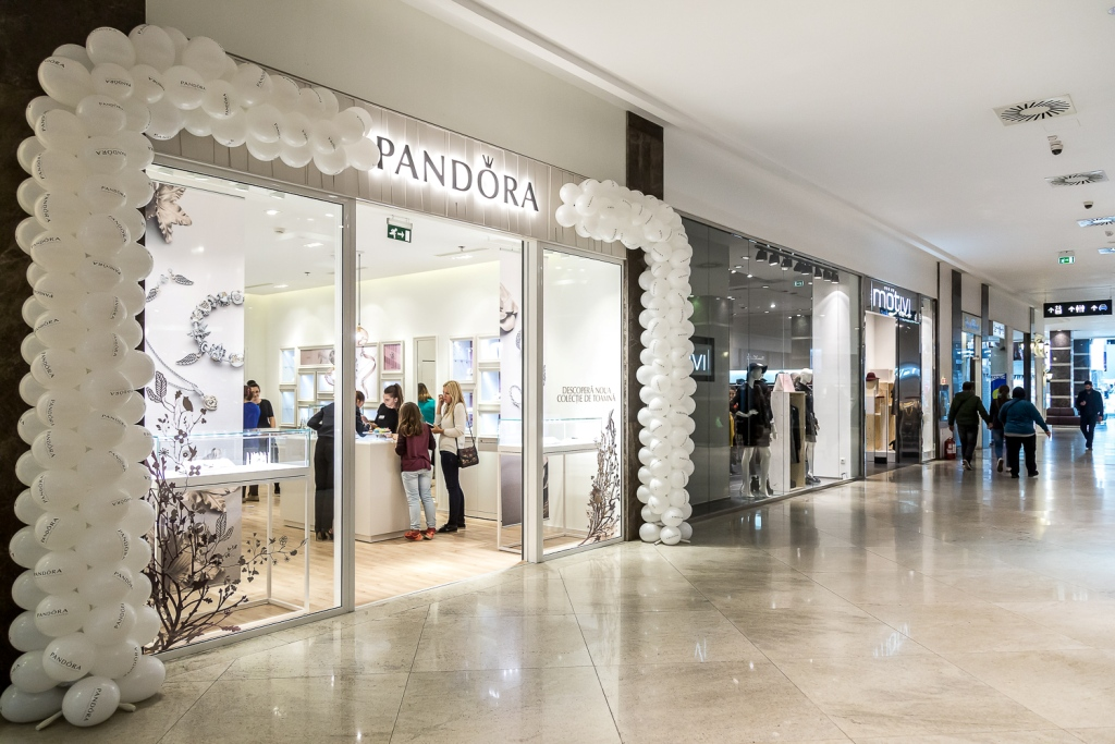 pandora-palas-mall-04