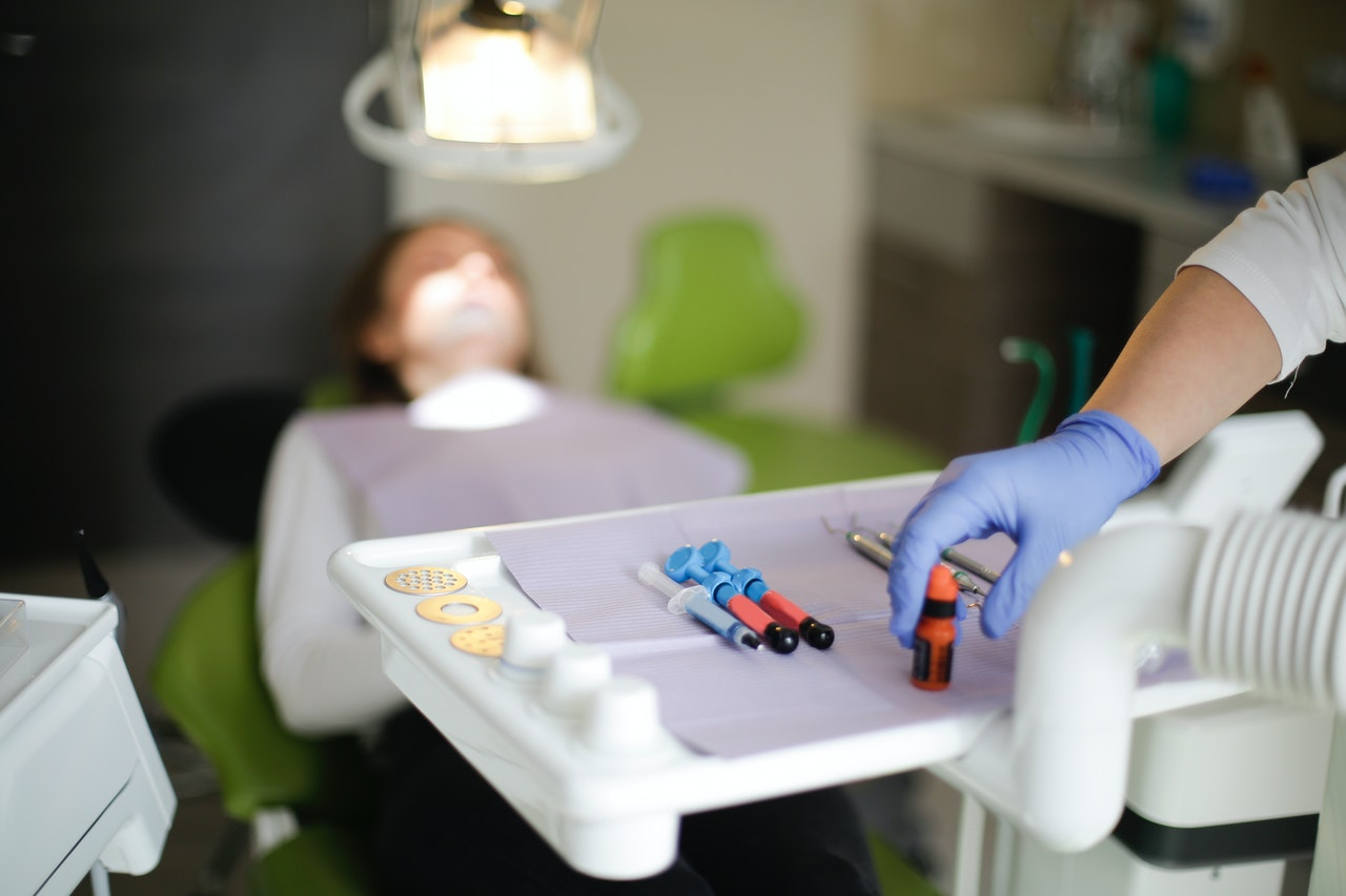 un implant dentar Fast&Fixed