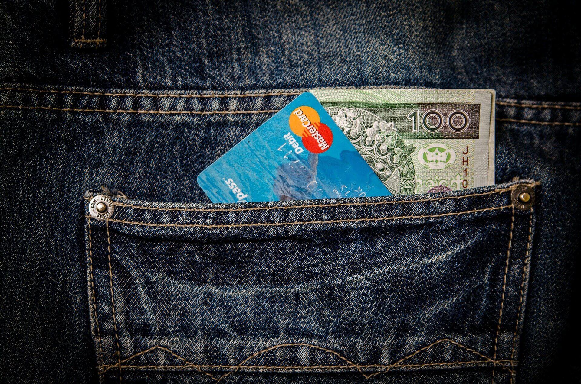 Sfaturi pentru ieseni CE poti sa comanzi cu ultimii bani din salariu