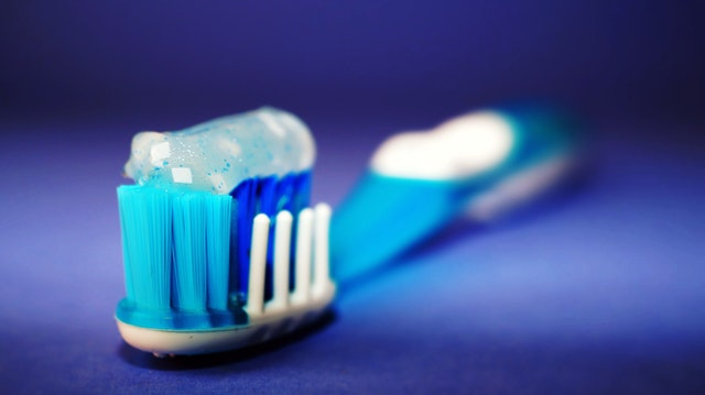 dinti ficsi de la Dental Privilege