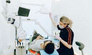 dinți ficși de la Dental Privilege