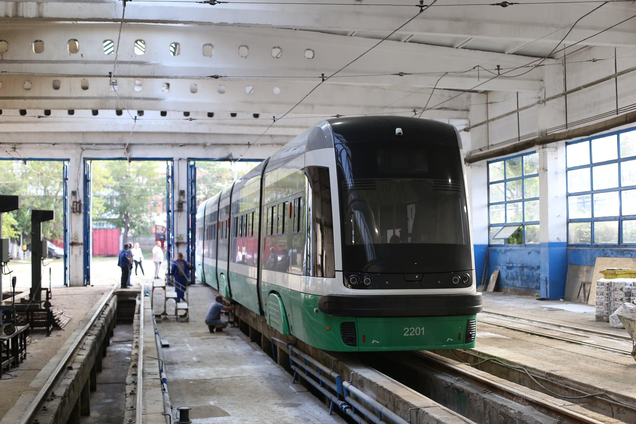 tramvai-exterior (1)